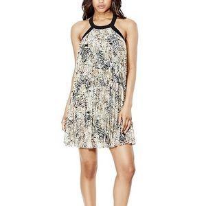 Guess - Sleeveless Pleated Dress